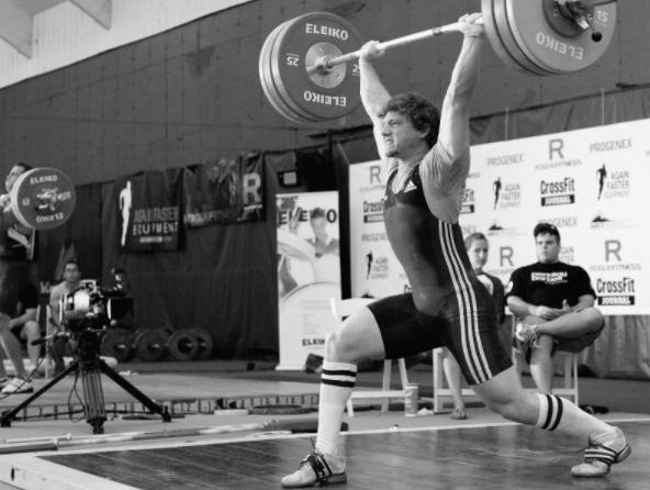 An athlete performing theclean-and-jerk.